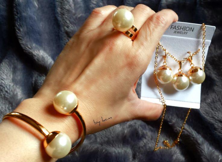Twirllinks HighQuality Smykkesett er nå til salg.  #finn #twirllinks #smykke #fashion #accessories #damesmykke #salg