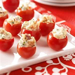 25 Potluck Appetizers to Feed a Crowd - Be the hit of the party with these fantastic apps! From bite-size finger foods to dips, wings and roll-ups, these potluck-ready appetizers each feed at least 12 people.