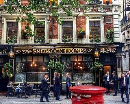 Sherlock Holmes Private Tour in London This Sherlock Holmes London Walking Tour aims to bring Englands favourite fictional detective to life, and gives you the opportunity to experience what life was like during 19th century London, discov http://www.MightGet.com/january-2017-11/sherlock-holmes-private-tour-in-london.asp