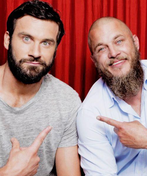 Clive Standen and Travis Fimmel Comicon 2015 Vikings Panel  | Pinterest: Natalia Escaño