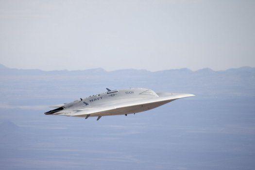 US Navy's UFO-Like X-47B War Drone  Flight in Cruise Mode