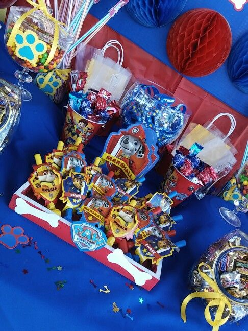 Paw patrol candy table | Paw Patrol | Pinterest | Candy ...
