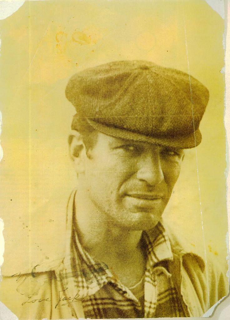 beatnik writers That beat writer william s burroughs, the godfather of the beat generation, lived   [beat generation photo image: beatnik william burroughs with rocker patti.