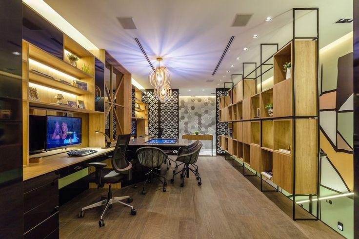 Espaço Home Office do Casal, de Carol Fernandes Heck & Gustavo Heck | Foto: Cristiano Bauce