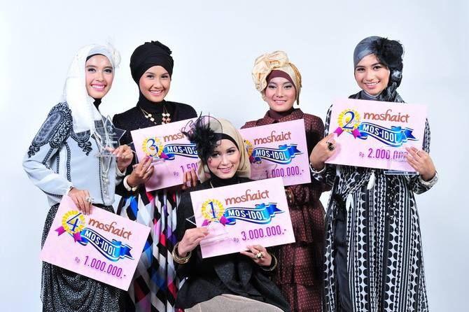 The Winner of MosIdol 2013 #MosIdol2013 #moshaict #hijab #fashion #fashionhijab #islamicfashion | www.moshaict.com