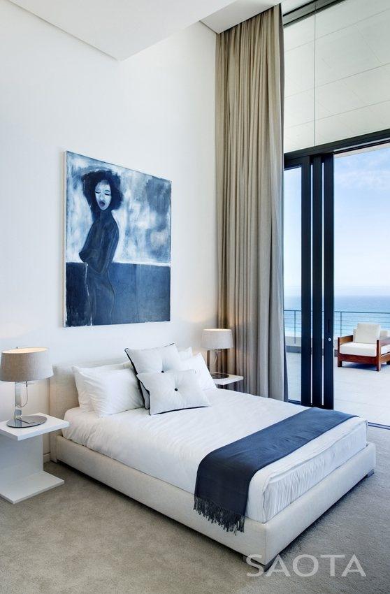 Nettleton 199, Cape Town, 2011 by SAOTA - Stefan Antoni Olmesdahl Truen Architects     Almost too hotel-like but still nice