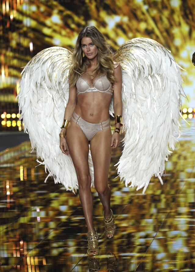 Doutzen Kroes  The 2014 Victoria's Secret Fashion Show