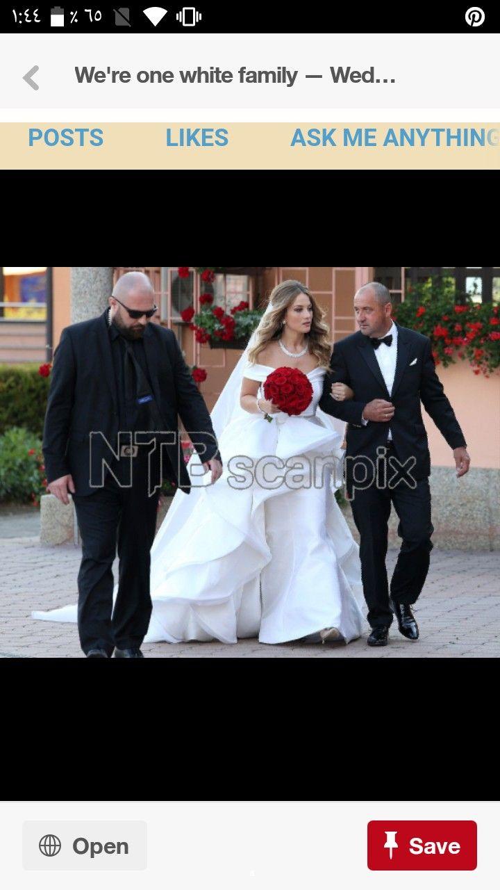 Pin By Sha Ma On Real Madrid Family Wedding Wedding Academic Dress