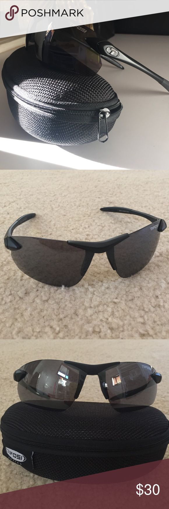 Tifosi Sunglasses Was supposed to be used for my daughter's sport but doesn't like it..sunglasses comes with case.. Rubber ends of sunglasses for grib and by nose area. No scratches, slight mirror reflection on lens, no cloth cleaner... Tifosi Accessories Glasses