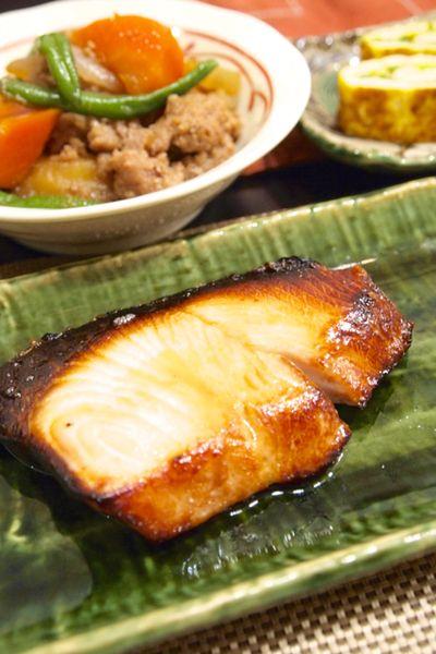 和食】簡単!「ぶりの漬け焼き」で焼き魚の献立。&魚焼きグリルで ...