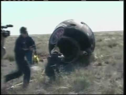 Soyuz 11 CPR footage - YouTube