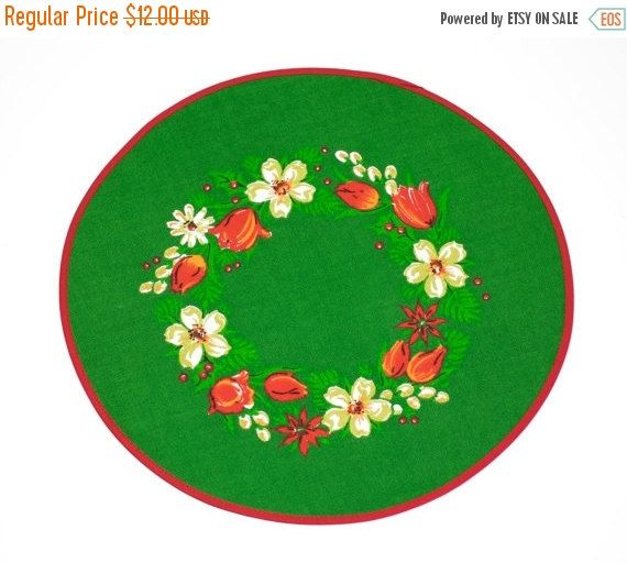 SALE Vintage Swedish Christmas Doily Round Tablecloth by Wohnstadt