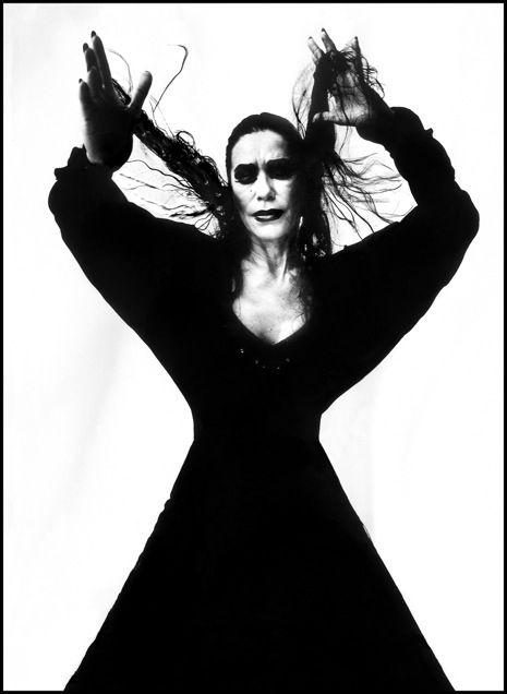 Maria Benitez. Mil Besos: Ruven Afanador's Women of Flamenco