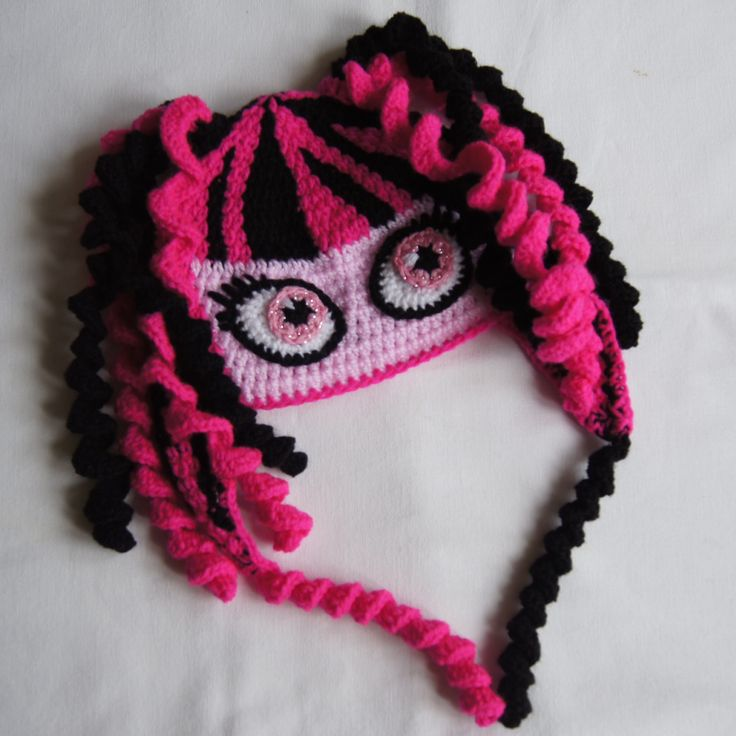 Monster High Draculaura hat Meopham's Little Minions on Facebook
