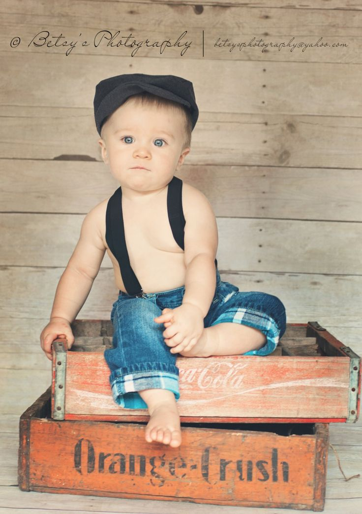 Newborn Newsboy Hat, BLACK  Newsboy Cap,Photography Prop, Baby Boy Hat, Newborn photo prop, drivers cap. $29.99, via Etsy.