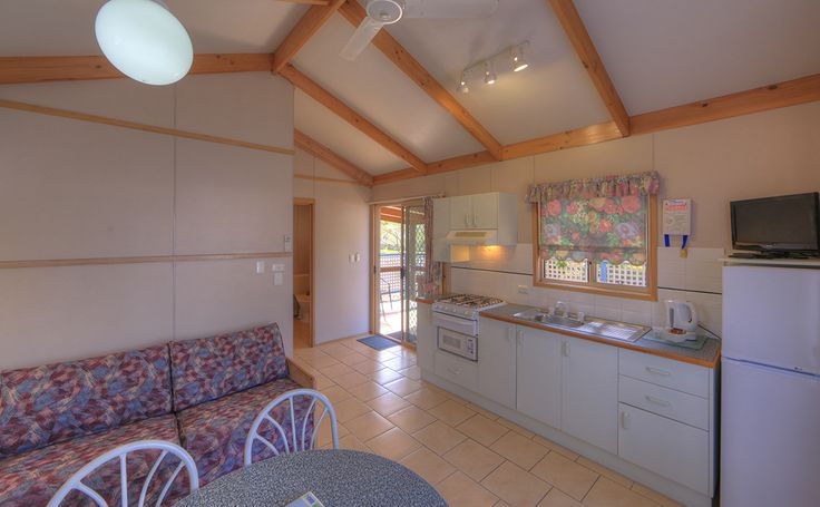 The Ensuite Cabins are looking bright and clean here at Batemans Bay.