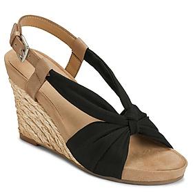 wedge: Plush Pillows, Espadril Wedges, Women Plush, Aerosol Plush, Famous Footwear, Aerosol Women, Pillows Wedges, Aerosol Shoes, Wedges Sandals