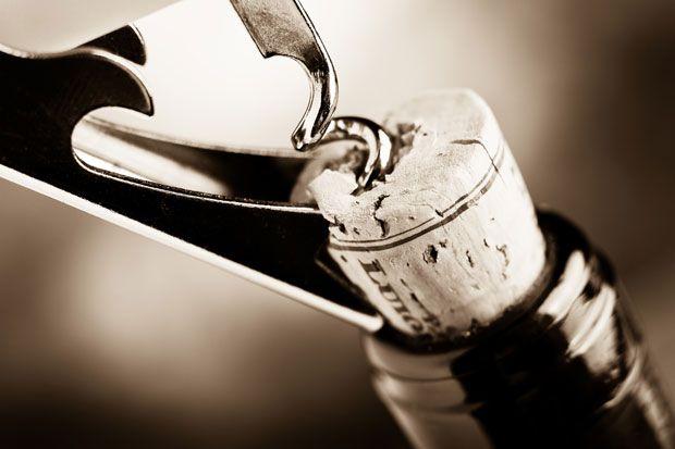 Las ventajas de comprar vino online y no tener que cargar con peso.
