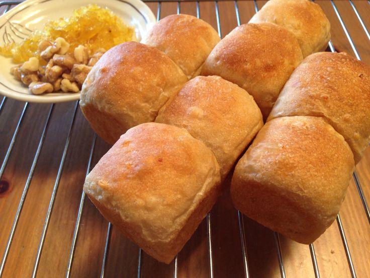 ゆずピールとクルミのパン