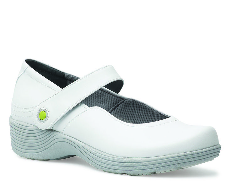 Work Wonders by Dansko. Shown Clover White Leather from the Fairfax collection. #nurse #nurselife #shoes #clog #scrublife #scrubs #md #rn #medicine #medical #healthcare #uniform #dansko #nursingproblems #nursepractitioner #nursingschool #pediatricnurse #militarynurse #staffnurse #fall