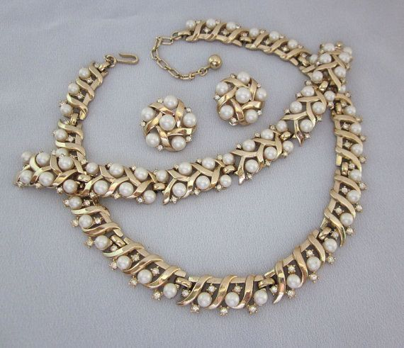 147 best grandma 39 s costume jewelry images on pinterest for Best glue for pearl jewelry