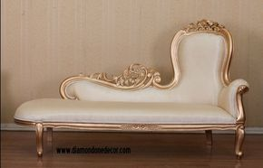 Baroque French Reproduction Louis XVI Style Fainting Couch or Chaise Lounge