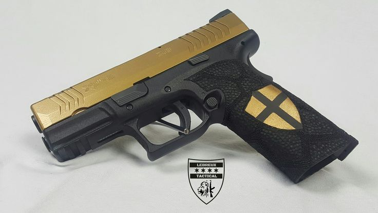 Just wrapped up my clients custom Springfield armory xdm 9mm. Did this is gold and custom stippled in kryptek and duracoated/ polished the crusader cross. Definitely one of a kind xdm. #lebreuxtactical #xdm #customguns #customxdm #customglock #spikestactical #duracoat #cerakote #kryptek #gunstippling #stippling #blackandgold #xdm9mm #springfieldarmory