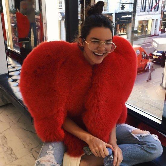 Kendall extrém stílusa  A celeb most szív alakú Saint Laurent szőrmébe bújt