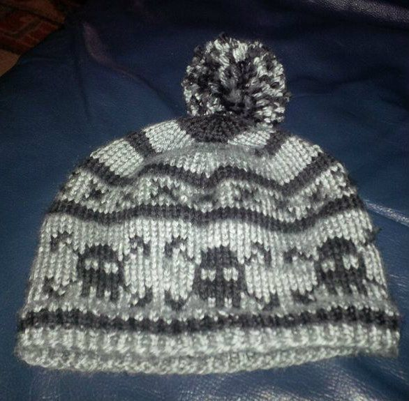 knitted bone pattern Knitted Skull and Bones Hat for Toddler #knitting #yar...