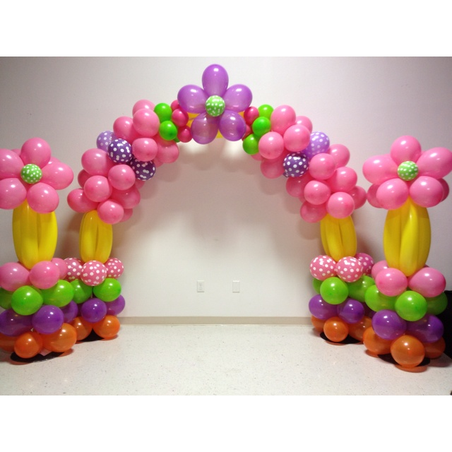 Balloon arch with 2 pillars balloms globos bombas for Balloon decoration arches