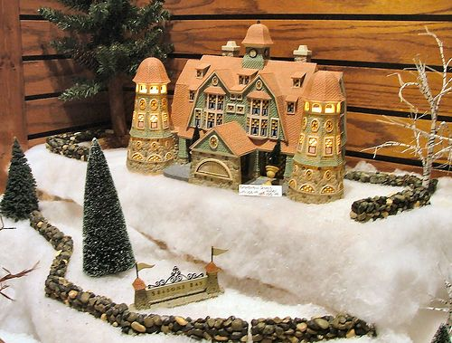 Department 56 - Small Side Village Display | Olde World Cant… | Flickr