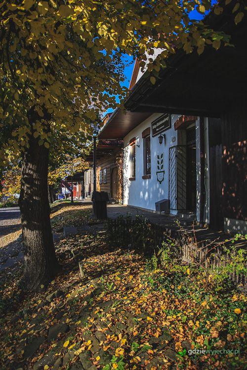 Lanckorona jesienią. Jest piękna - zobacz: http://gdziewyjechac.pl/29937