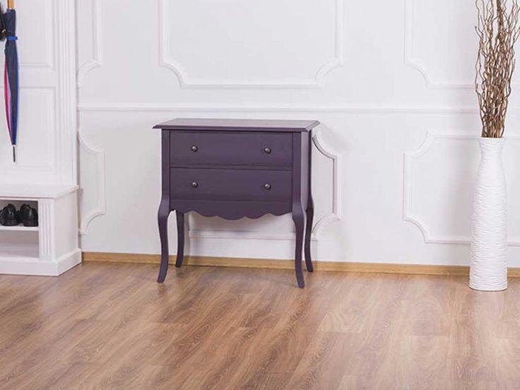 Fioletowa komoda z drewna - niebanalna elegancja z kolekcji Charlotte