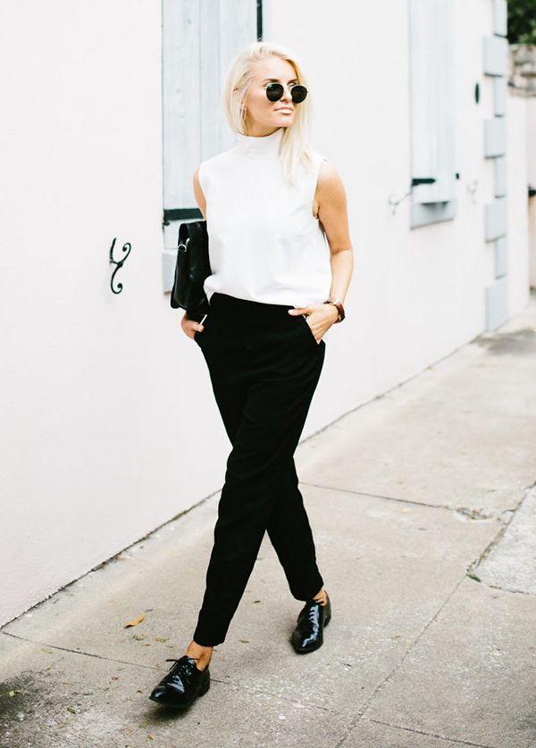 Look de trabalho, blusa branca, calça social preta, oxford preto. 7 dicas pra ter estilo no trabalho a semana inteira