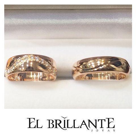 Solo #ElBrillanteJoyas te da opciones únicas y exclusivas para sellar una unión con la tuya! Qué opinas de estas argollas en oro rosado de 18 kilates y 13 diamantes?  precio $2.450.000  Anillos de compromiso y argollas de matrimonio.   #ElBrillanteJoyas  http://www.elbrillantejoyeria.com.co/