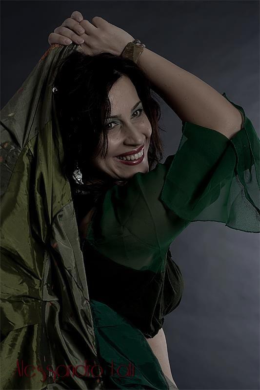#danzadelventre livello #principianti ogni martedì e giovedì alle 19.30 www.spazioaries.it