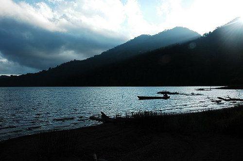 Jambi, Danau Kerinci Pemandangan Pagi Hari: Wisata Alam Danau Kerinci