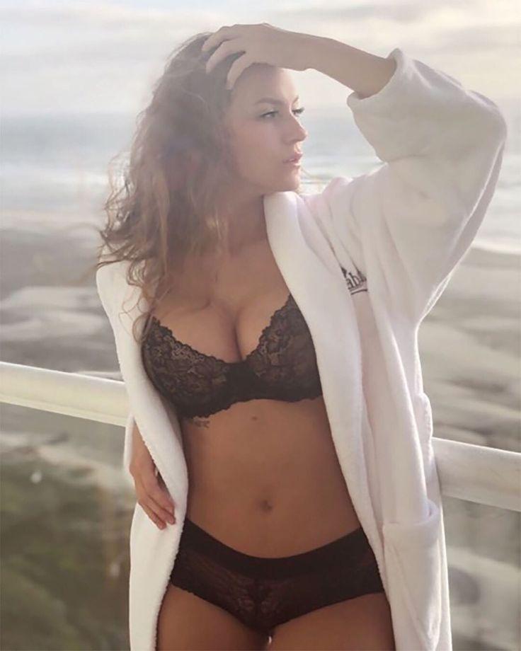 Ashtyn Sommer Hot
