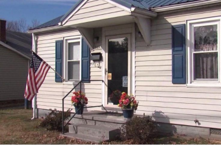 77-year-old disabled veteran shot in face in his own home