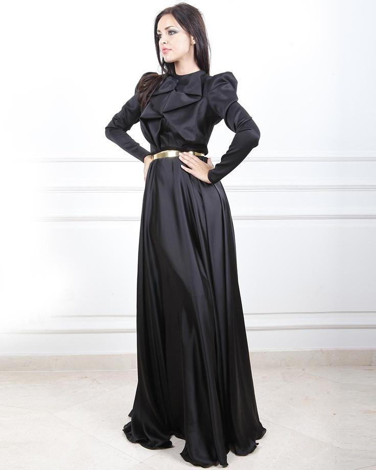 Hijab friendly dress :)  (By JULEA DOMANI)