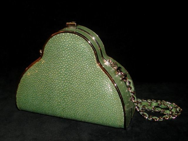 Classic Chanel shagreen leather-based bag. – Sale! As much as 75% OFF! Store at Stylizio for…