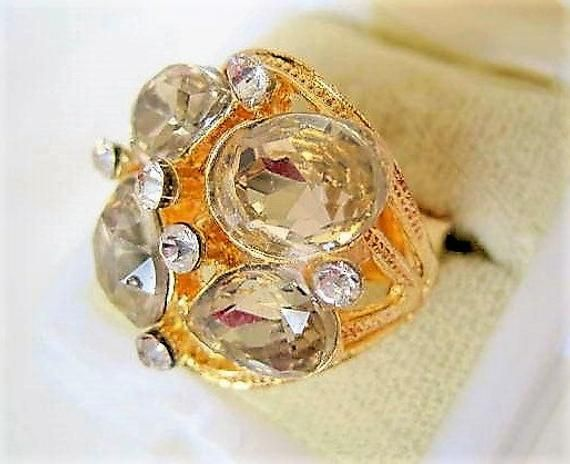 Size 8 Adjustable Glass Cocktail Ring Smokey Gray Glass Cabochons Gold Tone Setting
