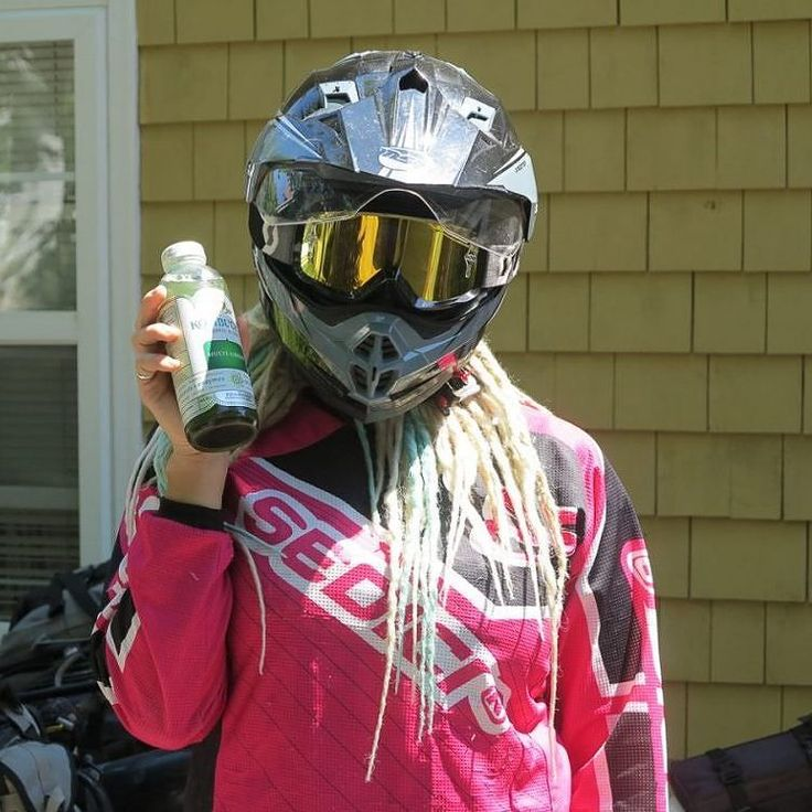 Favorite summer hacks? Favorite riding beverages? Read the article and chime in with yours here!  http://ift.tt/2lHgMmj  #womanadvriders #daretoexplore #summer