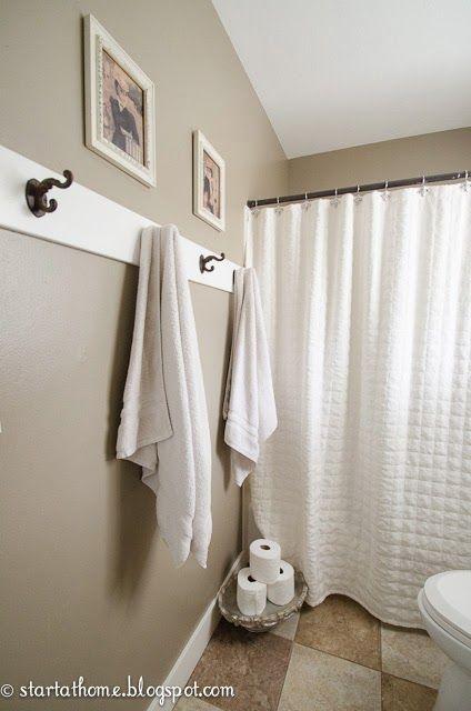 Crochets sur une planche pour salle de bain au sous sol for Salle de bain au sous sol