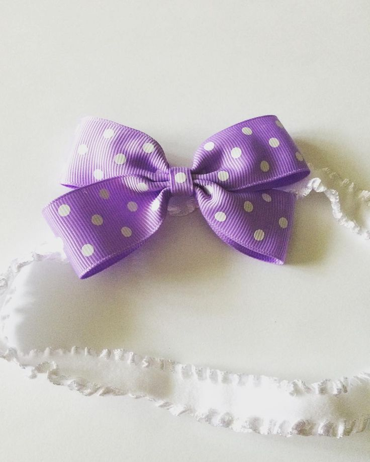 Grosgrain Bow Headband for newborn.Price C$7. Custom orders accepted. Please email for orders mycutepotato@gmail.com  #headbands #babyheadbands #babybows #baby #babygirl #newborn #canada #madeincanada #handmadewithlove #vancity #vancouver #handmadeincanada #mycutepotato #toronto #torontofashion #vancouverfashion #bows #grosgrainribbon #polkadots #vancouverbabyfashion
