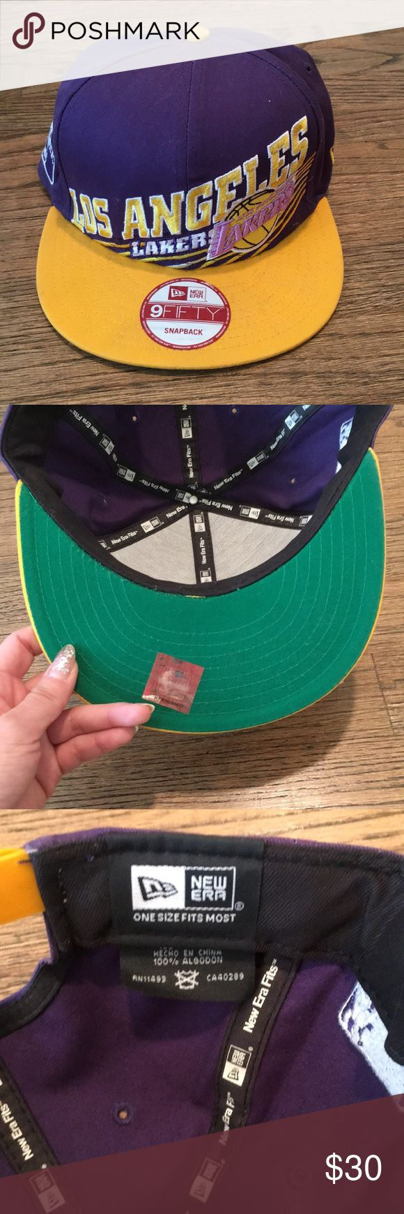 NWOT Lakers Flat Brim Snap Back Lakers hat New Era Accessories Hats