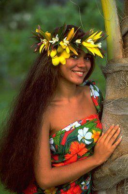 Beautiful Tahitian Women | Past is Prologue: Running Off to Tahiti