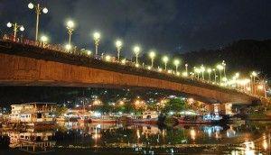 Jembatan Siti Nurbaya, Padang, West Sumatera,jembatan ikonik yang namanya diambil dari sebuah cerita fenomenal karya sastrawan Sumatera Barat bernama Marah Rusli.