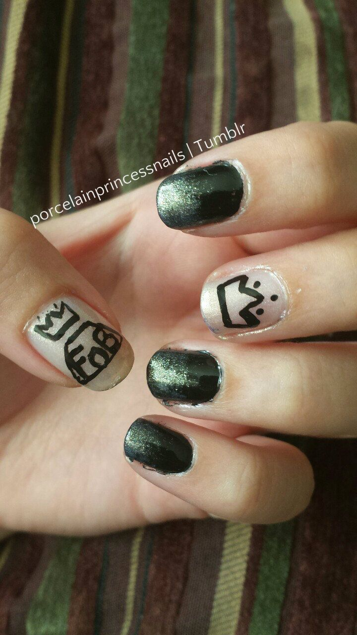 Fall Out Boy! Solo shot of my Fall Out Boy nails :)