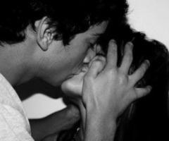 so cute: Romantic Kiss, Kiss Me, Sweet Romances, White Photography, Tumblr Couple Kiss, Love Kiss, Passion, Hot Boys, Feelings